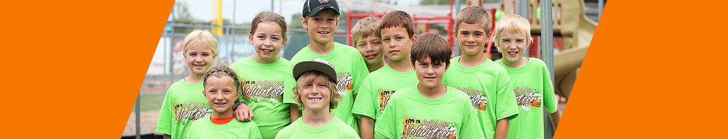 Cullys Kids youth volunteers